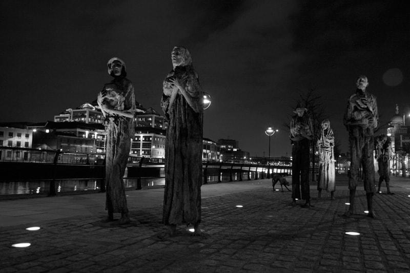 Irish Famine Memorial   (Eddie Wong Follow @ flickr/cc)